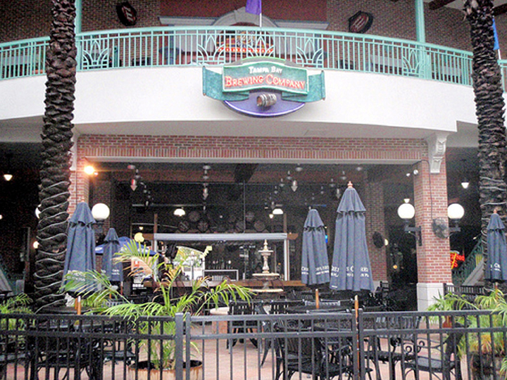 Tampa Bay Brew Co. - Hartley + Purdy Architecture's design for the Tampa Bay Brew Co. puts beer making on display in this 6,200sf pub and 2,000sf outdoor patio, bar and fountain, located in historic Ybor City.